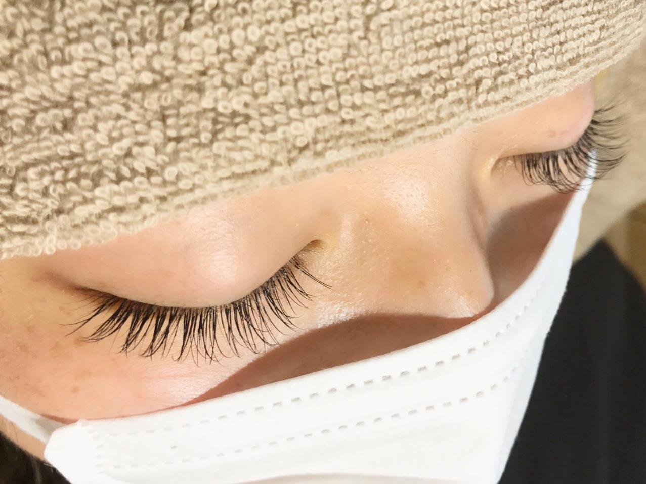 Line eyelash02